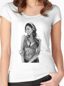 EDM ANA CHERI Women's Fitted Scoop T-Shirt