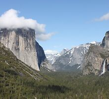 Yosemite Valley Tunnel View by jdbussone