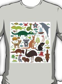 Australia: koala, snake, turtle, crocodile, kangaroo, dingo T-Shirt