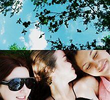 Summer girls by schizomania