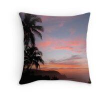 Na Pail Coastine Sunset - Princeville/Hanalei Bay Throw Pillow