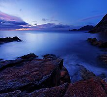 Sleepy Bay Dawning by Robert Mullner