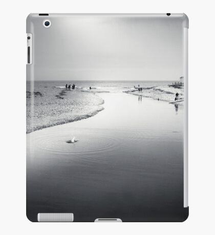 Charmouth - bw iPad Case/Skin