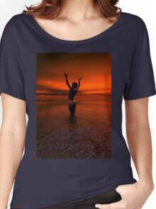 Erotic art hot sex Girl on the beach Women's Relaxed Fit T-Shirt
