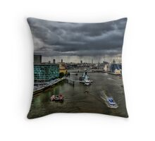 River Thames  HDR Throw Pillow