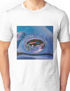 Splash of water coming down Unisex T-Shirt