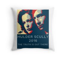 Scully/Mulder 2016 Throw Pillow