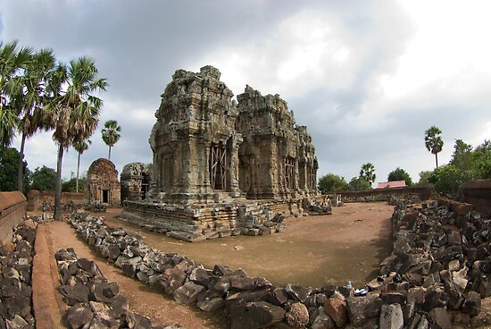 Phnom Krom by Gillian Berry
