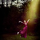 Flying Away With The Light by anaisabel