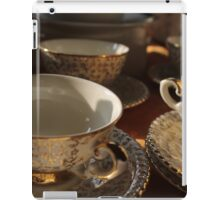 old pottery cup iPad Case/Skin