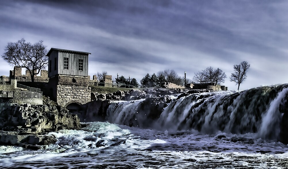 The Falls Of The Great Sioux River by hastypudding