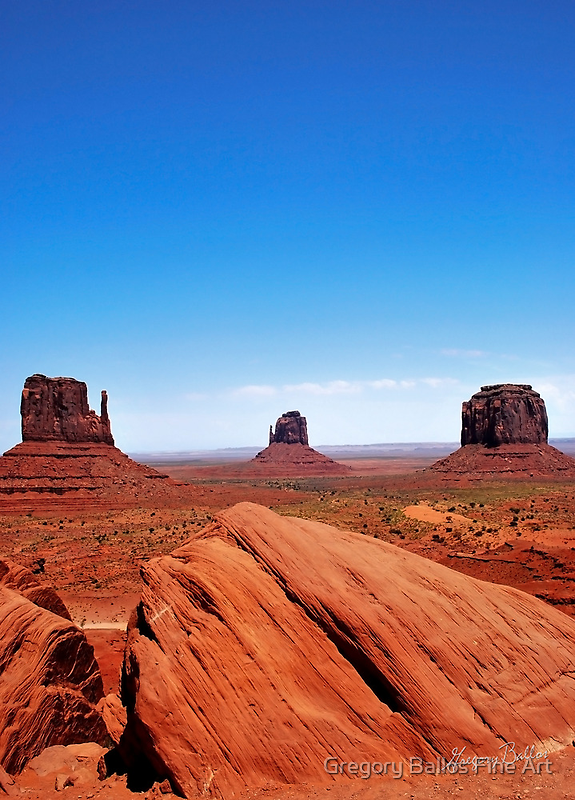 Monument Valley by Gregory Ballos | gregoryballosphoto.com