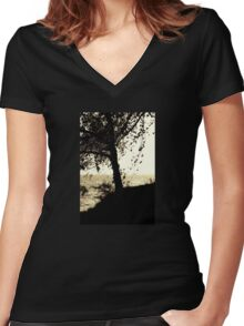 Tree at the Seaside Women's Fitted V-Neck T-Shirt