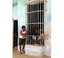 Couple chatting, Trinidad, Cuba Photographic Print