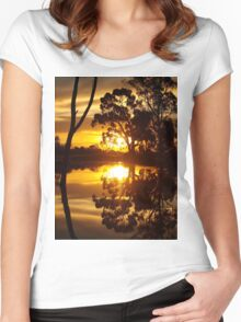 Mirrored Sunset Women's Fitted Scoop T-Shirt
