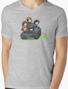 Girls und Panzer Mens V-Neck T-Shirt
