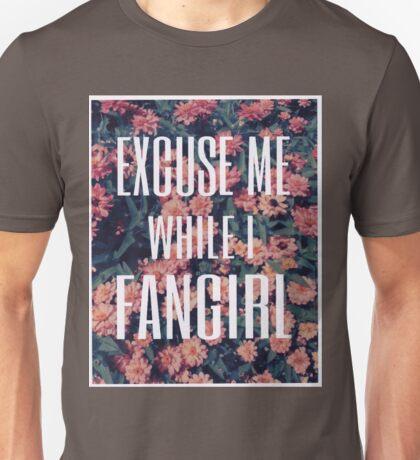 'Scuse Me While I Fangirl Unisex T-Shirt