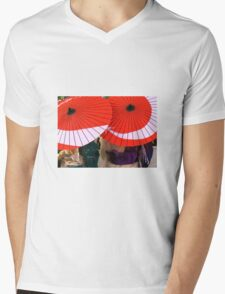 Japanese Umbrellas Mens V-Neck T-Shirt