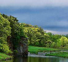 Split Rock Creek Through Palisades State Park by hastypudding