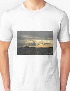 Atardecer, Isla Tortuga, Costa Rica Unisex T-Shirt