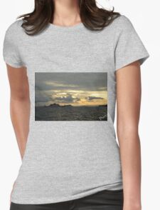 Atardecer, Isla Tortuga, Costa Rica Womens Fitted T-Shirt
