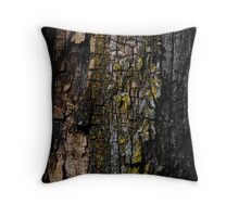Mossy wood bark Throw Pillow