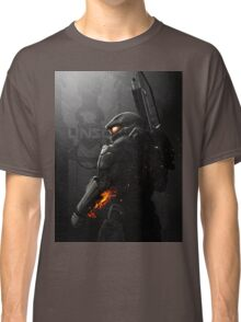 Halo 4 Master Chief - United He Stands Classic T-Shirt