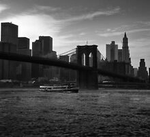East River by Marco  Iozzi
