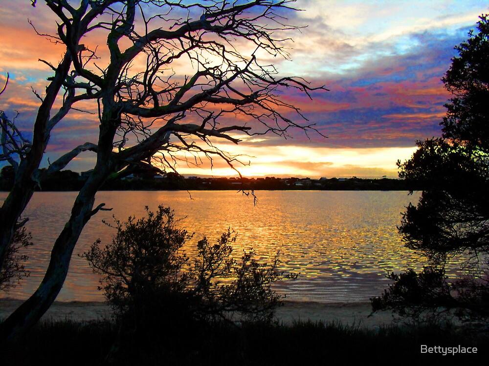 sun set at bremer bay wa by Bettysplace