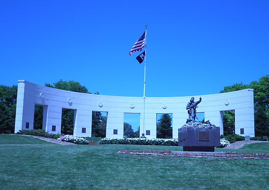 Vetrans Memorial Monument in Omaha Nebraska during the Day by wigget