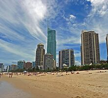 Surfers Paradise, Queensland by Leanne Allen