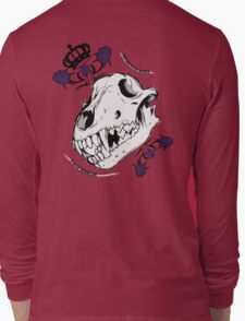 moment mori skull of the concobach wolf Long Sleeve T-Shirt