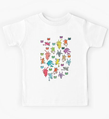 pattern with goats and frogs Kids Tee