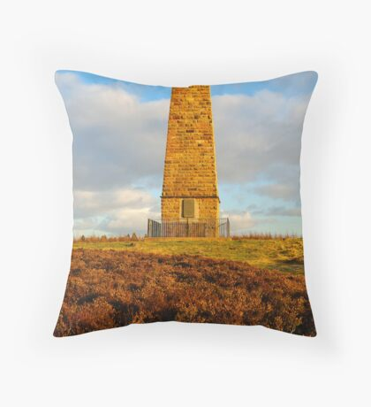Captain Cook Monument, Easby Moor, Great Ayton, North Yorkshire Moors Throw Pillow
