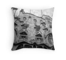 Casa Batllo - Barcelona - B/W Throw Pillow