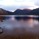 Dove Lake and Cradle Mountain by Kylie  Sheahen