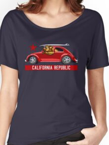California Republic Surfing Bear (vintage distressed look) Women's Relaxed Fit T-Shirt