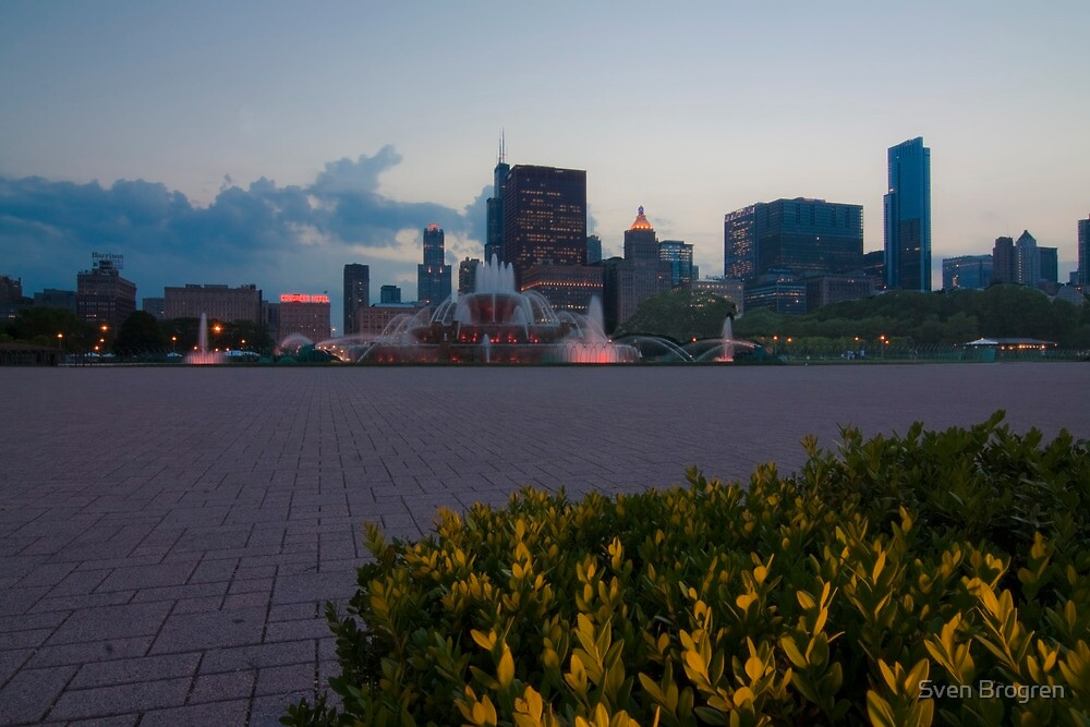 Buckingham Fountain with painted in light by Sven Brogren
