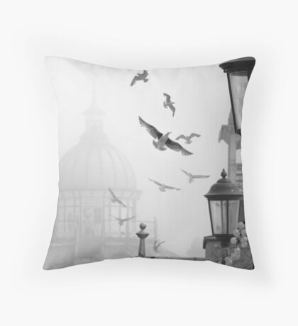 seagulls on eastbourne pier in the mist Throw Pillow