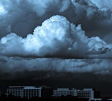 Storm approaching - Sydney Australia (duotone) by graphicscapes