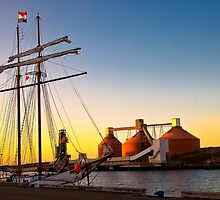 Sunset, sails and silos by Violaman