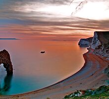 Durdle Door Sunset by kmitchell