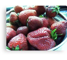 Strawberrys , cheerys and an Angel kiss'n spring Canvas Print