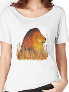 Lion in the grass Women's Relaxed Fit T-Shirt