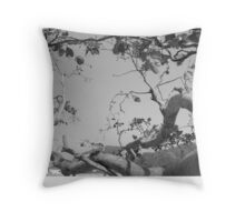 undying tree Throw Pillow