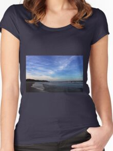 Surf-Beach Narooma Women's Fitted Scoop T-Shirt
