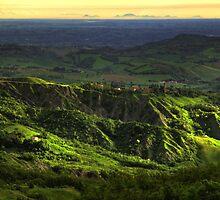 Alba a Ciano,con i suoi calanchi, e all'orizzonte,  i Colli Euganei..( Zocca Modena Italy )_0905_ by primo masotti