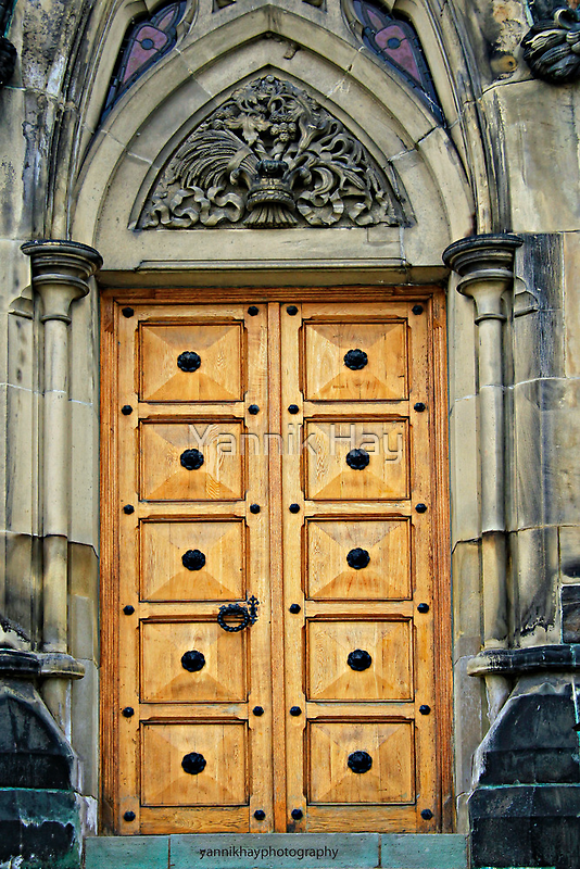 Door on the West Block, Parliament Hill by Yannik Hay