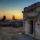Tramonto fra le rovine di Hierapolis by Andrea Rapisarda