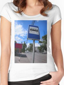 Road sign with a picture of a bus stop on a city street Women's Fitted Scoop T-Shirt